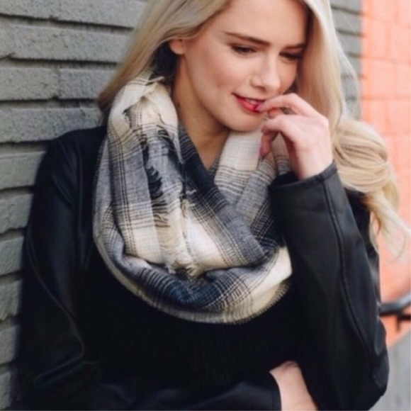 Accessories - Gray Plaid Infinity Scarf